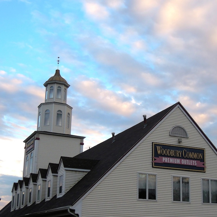 Outlet-New-York-Woodbury-Common