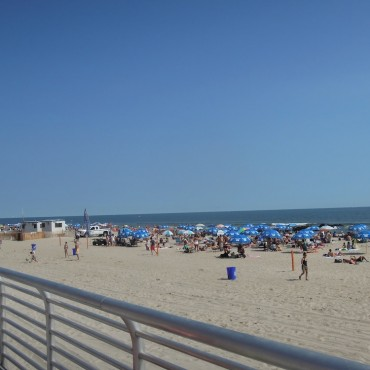 Strand_New_York_Long-Beach