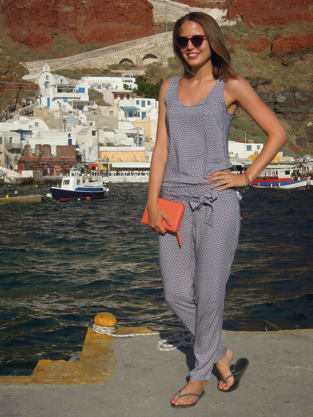 outfit-mcgregor-suelovesnyc-overall-greece-santorin1