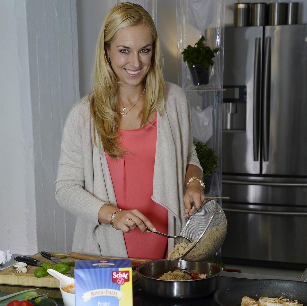 Sabine_Lisicki_Schaer_Produkte_Kochen1