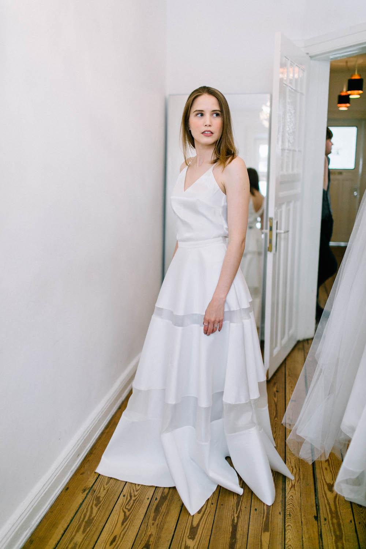 Erfreut Brautkleid Nyc Fotos - Hochzeit Kleid Stile Ideen ...