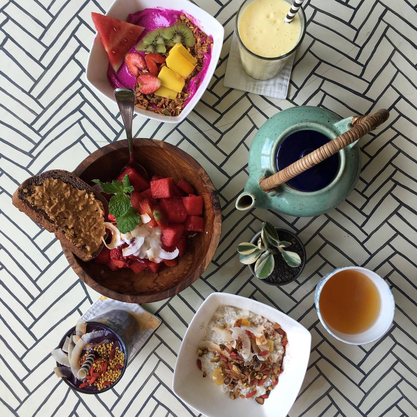 breakfast_bali_sea_circus