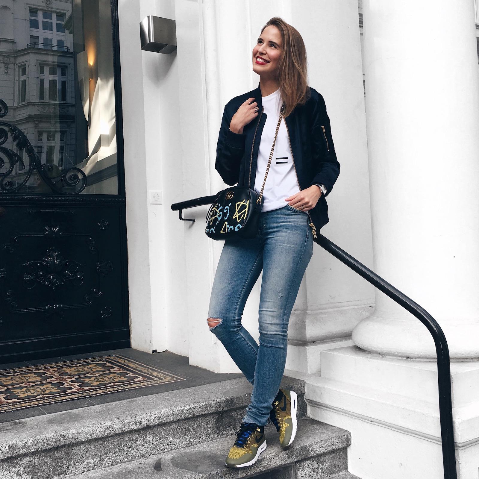 suelovesnyc sue loves nyc hamburg blog blogger unisex-bewegung closed eql