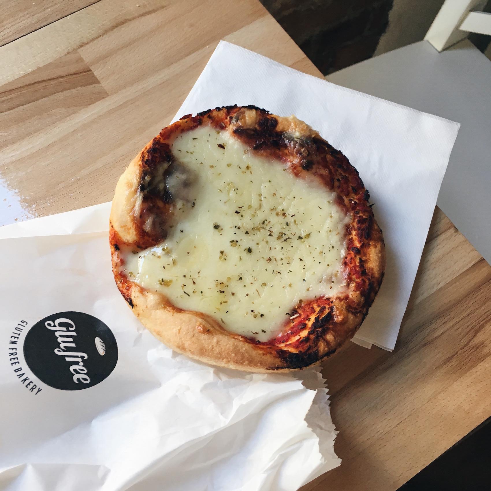 suelovesnyc_susan_fengler_blog_glutenfrei_glutenfreie_pizza_in_mailand_glutenfreies_restaurant_mailand_glufree_bakery