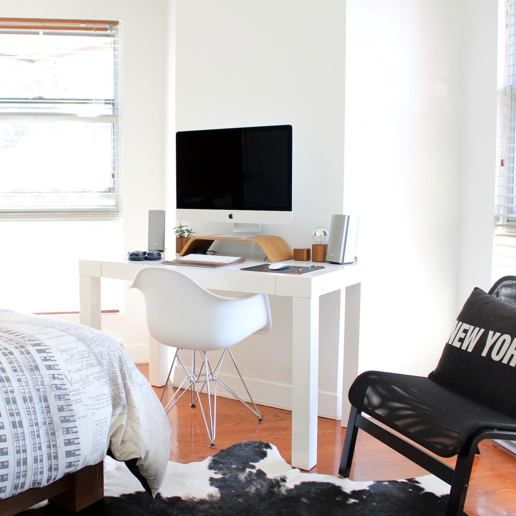 home office home_office_workspace_freelancer_susan_fengler_suelovesnyc