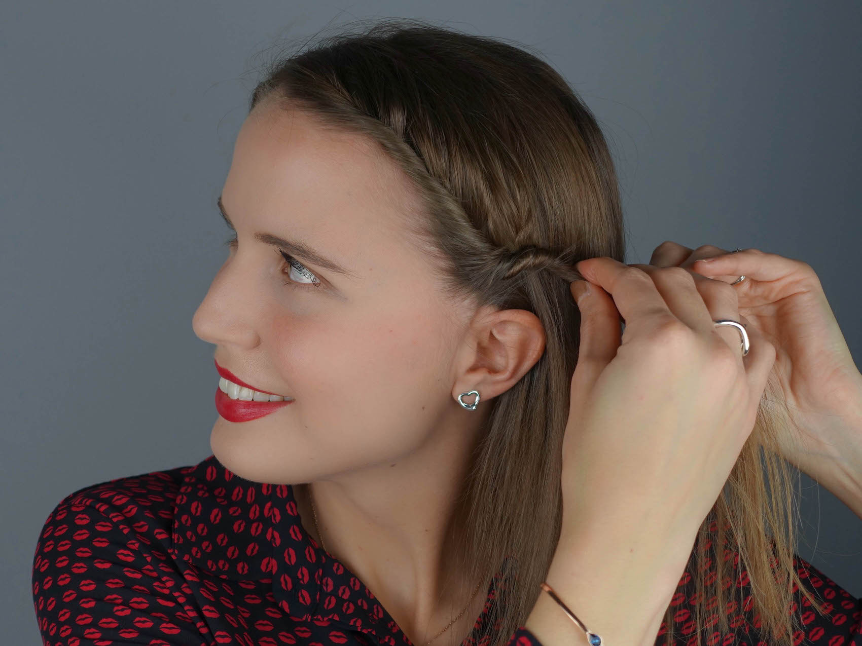 3_1_Suelovesnyc_Silvester_frisuren_styles_newyears_hairstyles_hairstyling_taft_schwarzkopf_susan_fengler_aufmacher_flechtfrisur_winter
