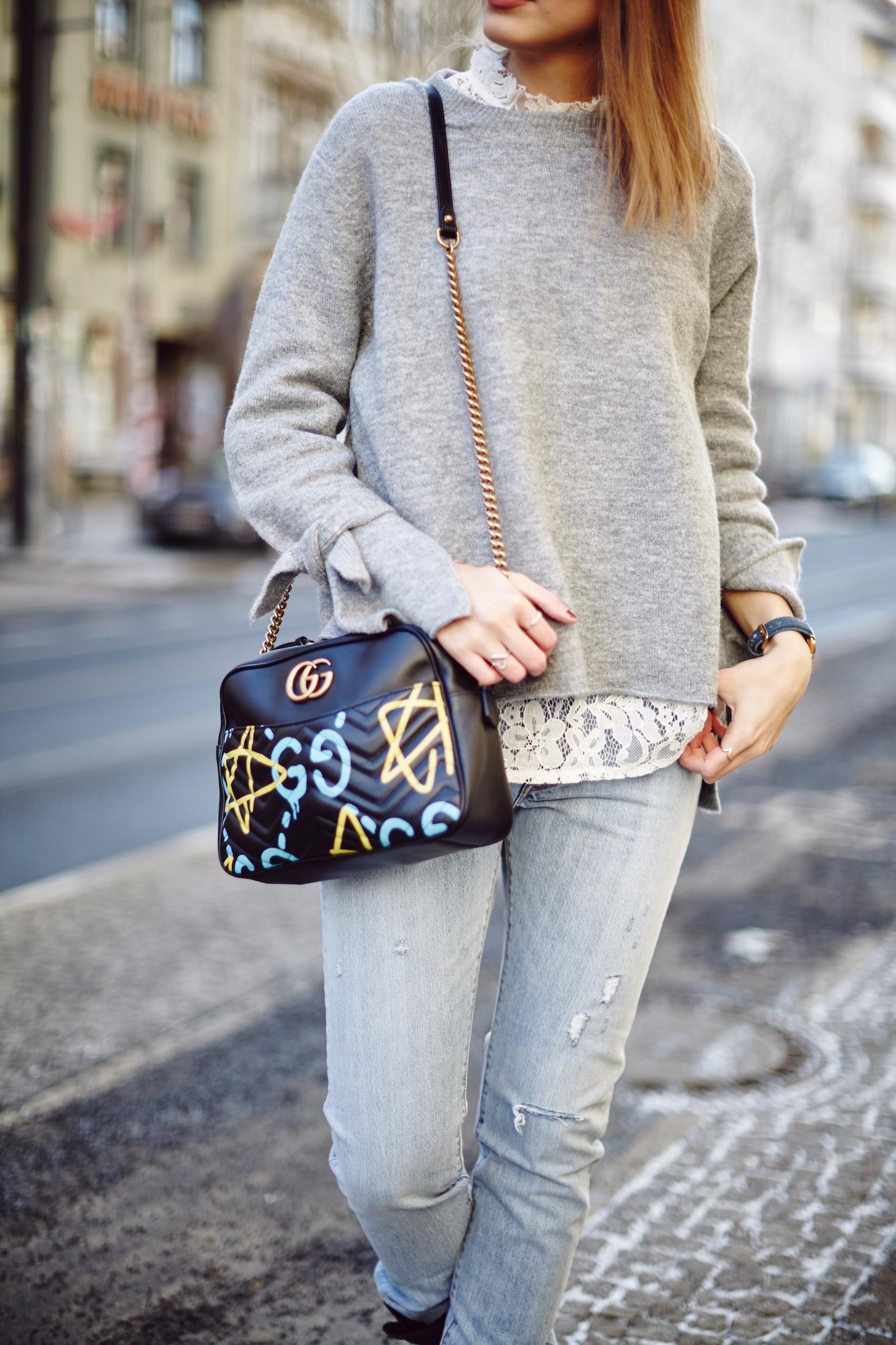 sue_loves_nyc_fashion_week_berlin_gucci_ghost_closed_mantel_Levi's_501_Skinny_SuelovesNYC_Susan_Fengler_04