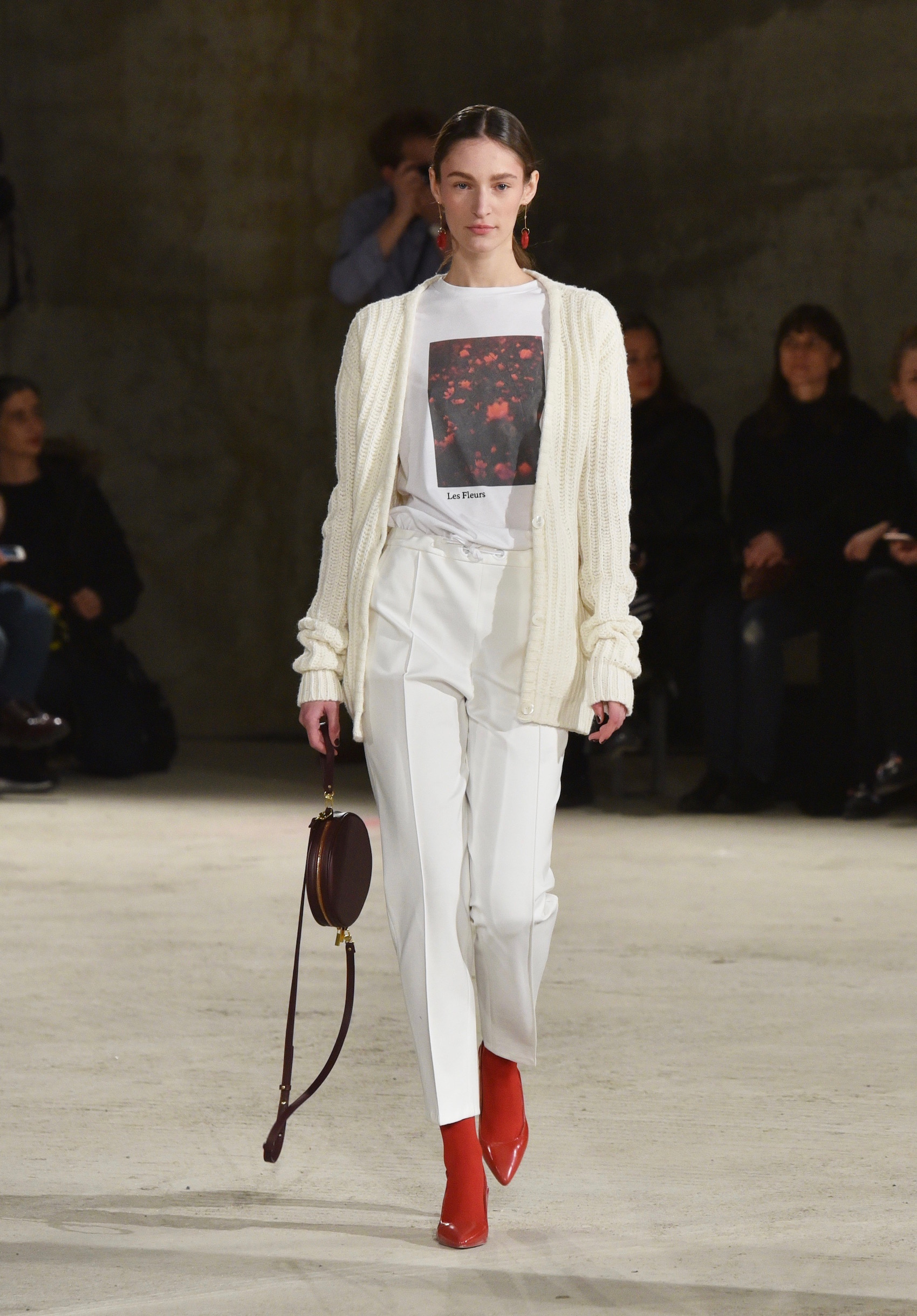 suelovesnyc_sue_loves_nyc_sleek_hair_berlin_fashion_week_beauty_news_beautynews_beautytrends_susan_fengleraw-2017_fashion-week-berlin_DE_malaikaraiss-1 (1)