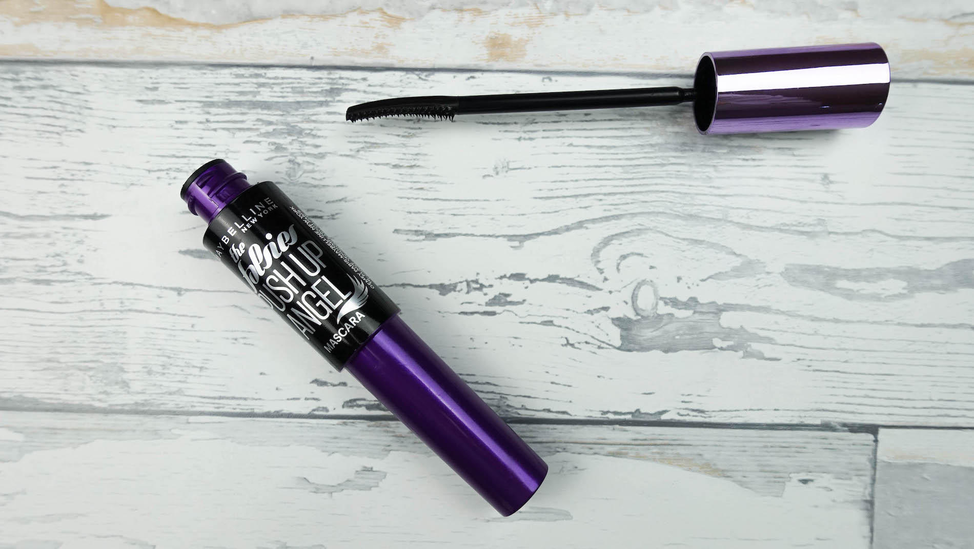 suelovesnyc_susan_fengler_sue_loves_nyc_beauty_blog_drogerie_mascara_test_maybelline_push_up_angel