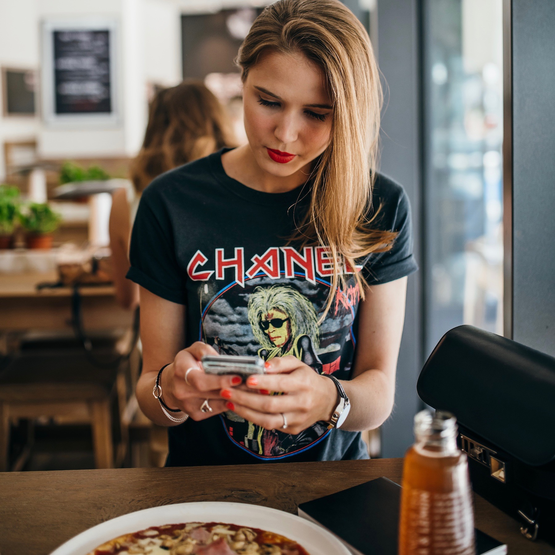 mit der vapiano app bezahlen suelovesnyc_blog_vapiano_app_glutenfreie_pizza_hamburg_business_lunch (1)