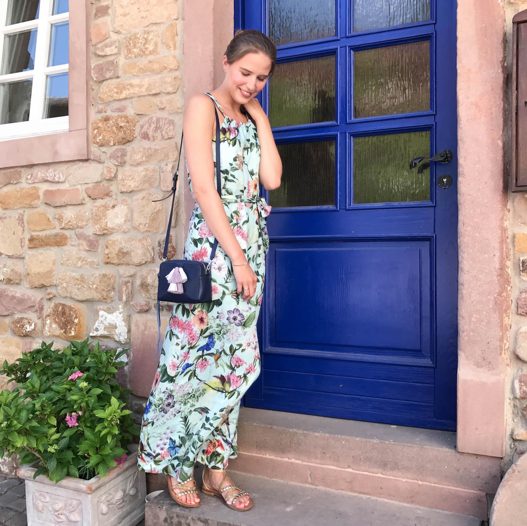 Nett Maxi Kleid Hochzeitsgast Fotos - Hochzeit Kleid Stile Ideen ...
