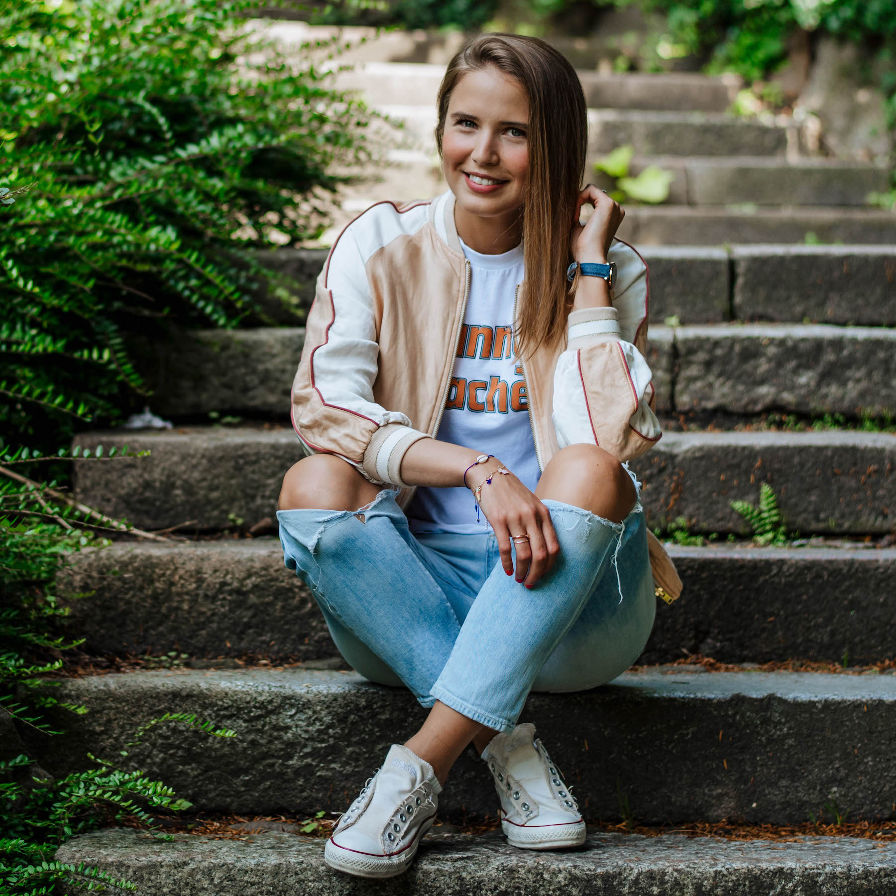 sommer-outfit Hamburg suelovesnyc_susan_fengler_sommer_outfit_closed_wendejacke_sunny_beaches_ganni