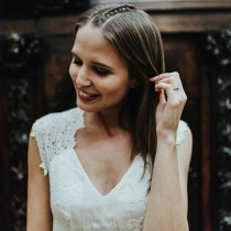 Hochzeitsfrisur Suelovesnyc_hochzeitsfrisur_braid_mittelscheitel_geflochten_Sue_Aveda-17_plan_liebe