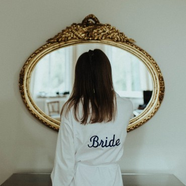 rat für die Hochzeit suelovesnyc_hochzeit_susan_fengler_plabliebe_hamburg_tremsbuettel_bride_mirror_spiegel_braut