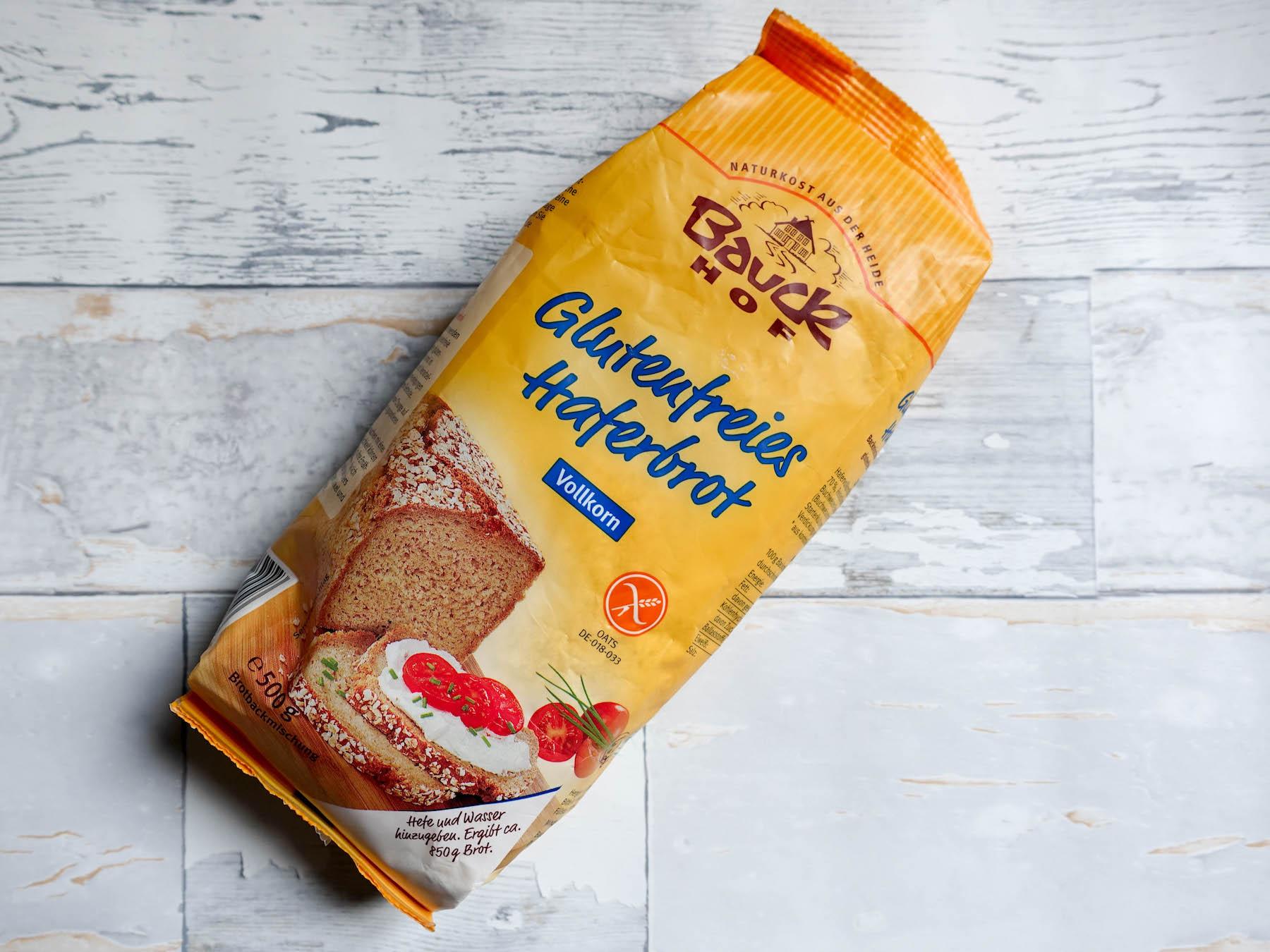 suelovesnyc_susan_fengler_glutenfrei_blog_bauckhof_glutenfreies_haferbrot_brotbackmischung_glutenfreies_brot_backen