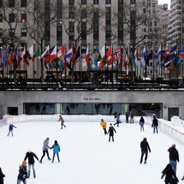 Schlittschuhlaufen in New York City suelovesnyc_susan_fengler_schlittschuhlaufen_in_new_york_city_eislaufen_new_york