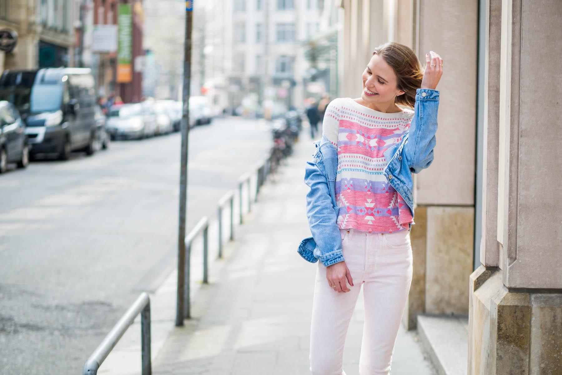 suelovesnyc_weekly_update_hamburg_levis_501_skinny_rosa_jeans_jeansjacke_rosa_jeans_positiven_dinge_positiv_denken