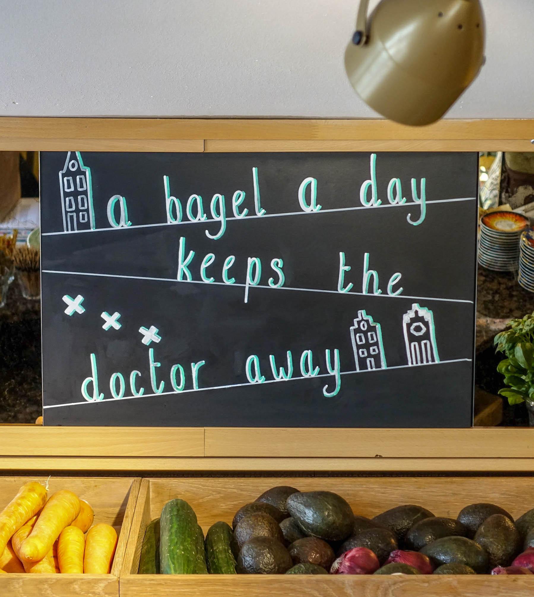 suelovesnyc_susan_fengler_amsterdam_glutenfrei_essen_nuthouse_zuidermarkt_amsterdam_bagels_and_beans