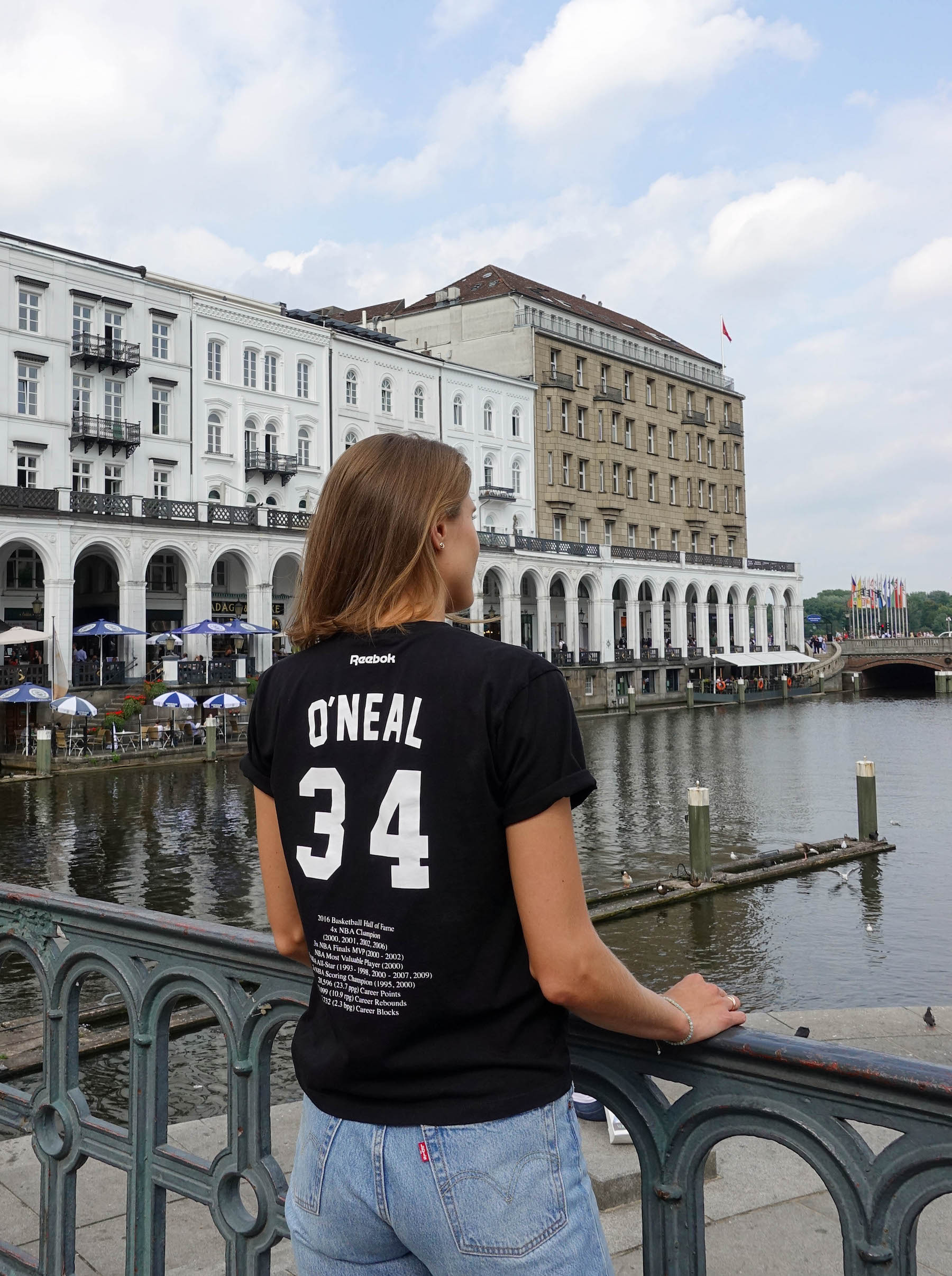 Shaq Reebok Victoria Beckham T-Shirt suelovesnyc_victoria_beckham_x_reebok_kollektion_shaq