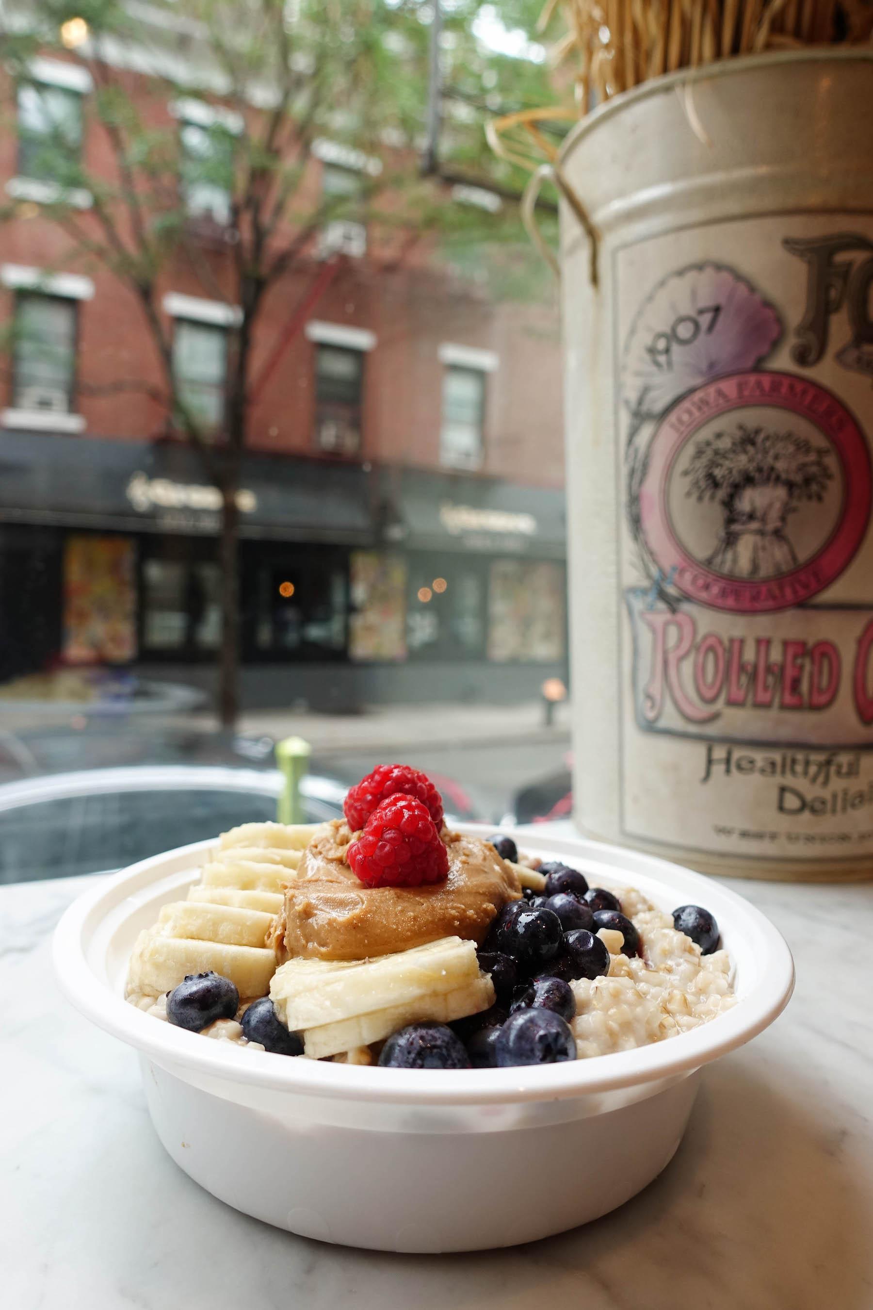 suelovesnyc_glutenfrei_fruhstucken_in_new_york_fruhstuck_new_york_vegan_glutenfrei_oatmeals_ny