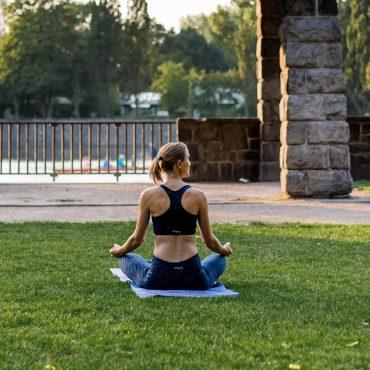 rutschfeste Yogamatte yogamatten test suelovesnyc_yogamatten_test_rutschfeste_yogamatte