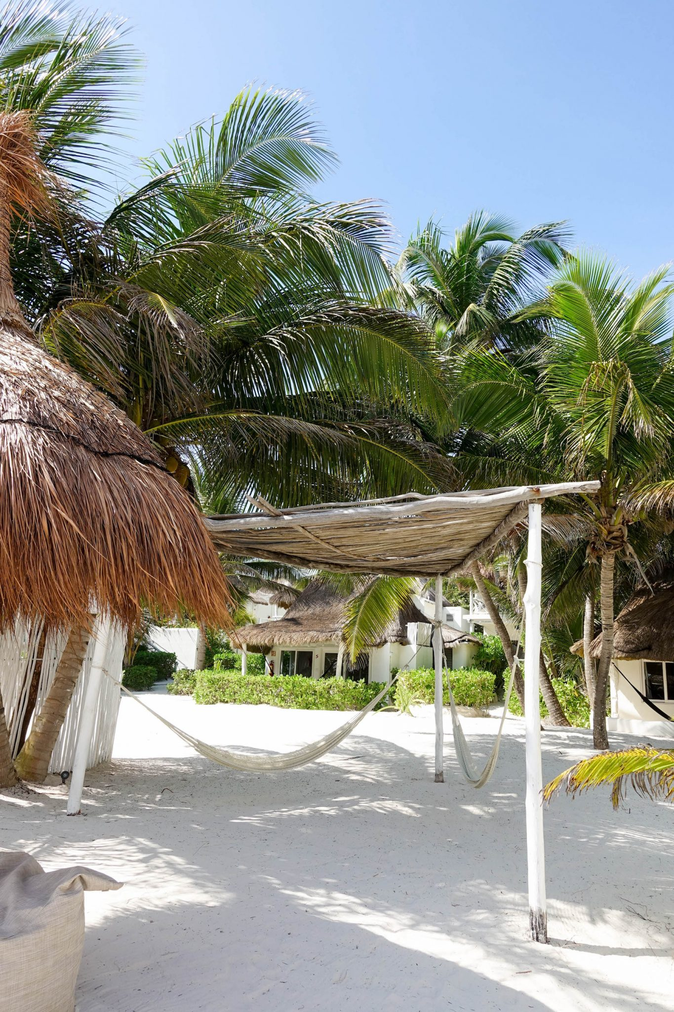 suelovesnyc_tulum_Beach_clubs_in_tulum_coco_limited_tulum