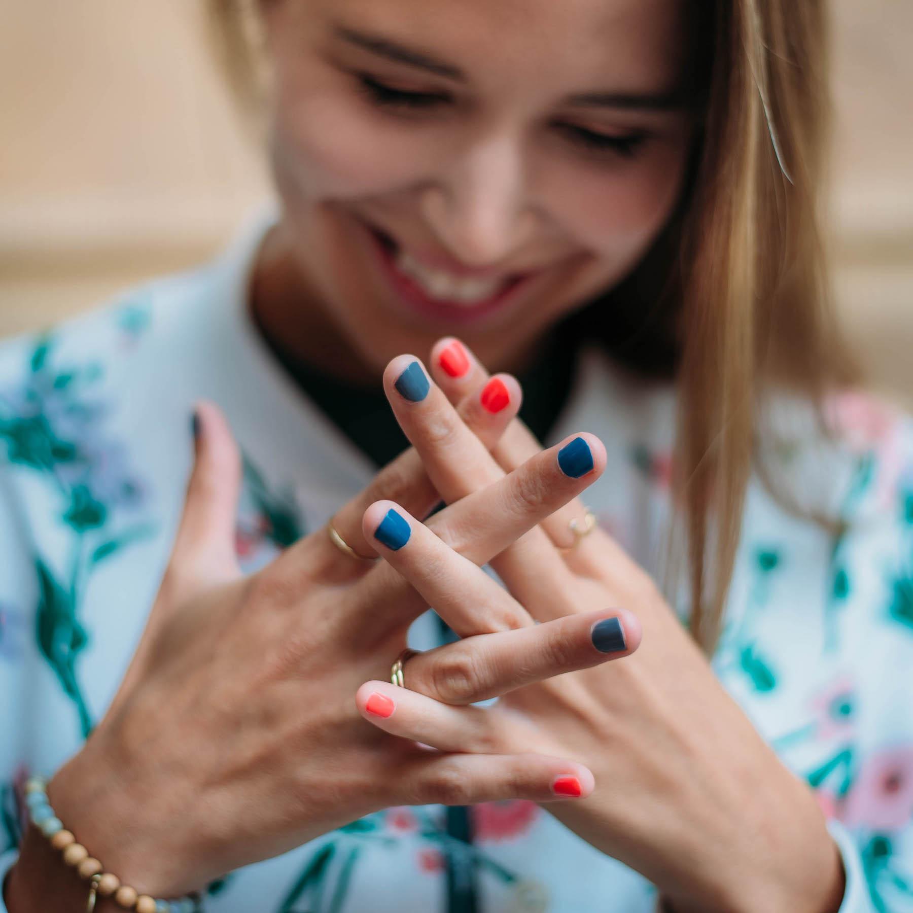 Rainbow Nails Nagellack-Trend suelovesnyc_rainbow_nails_nagellack_trend_susan_fengler_1