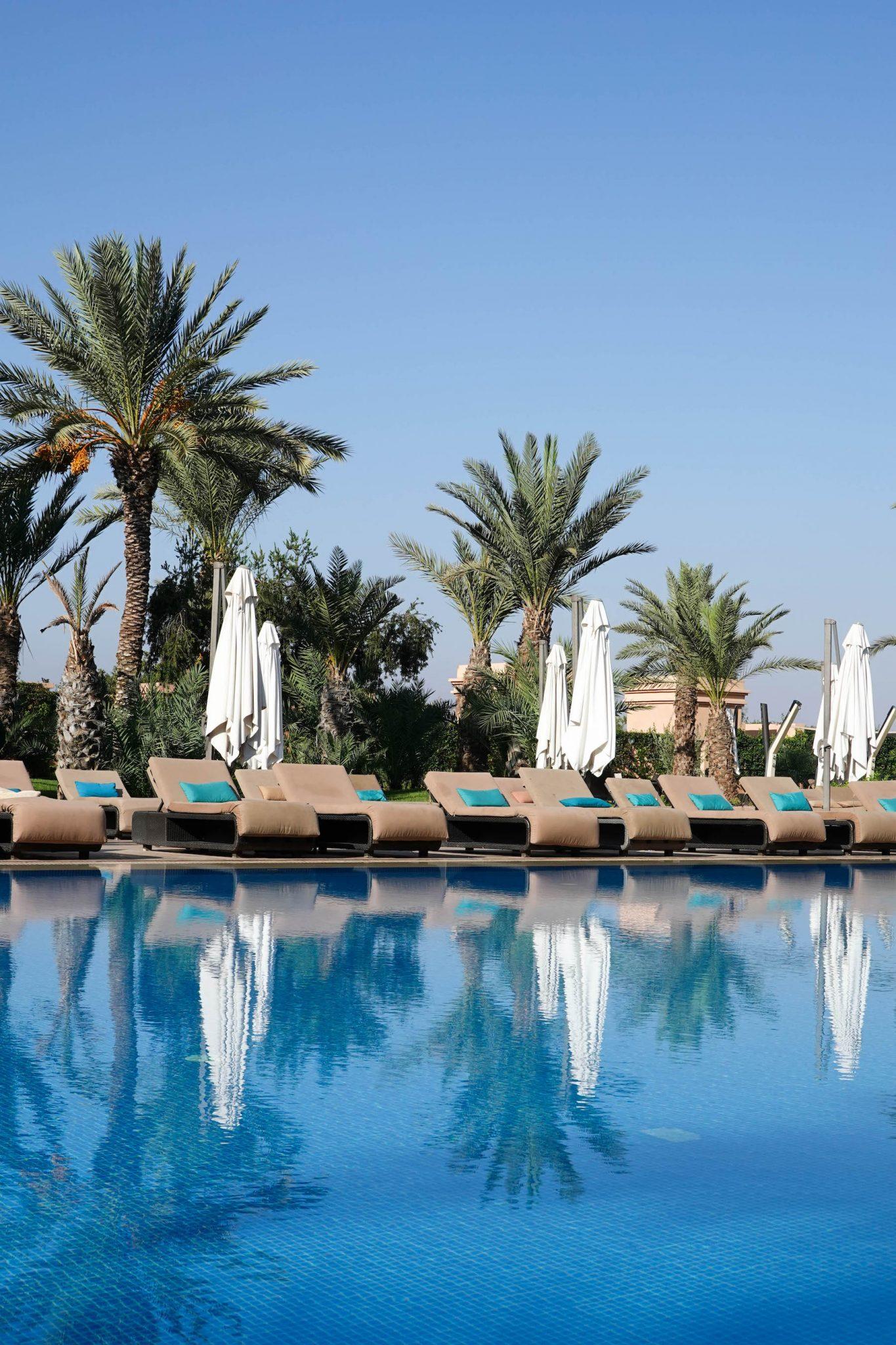 suelovesnyc_hotel_in_marrakesch_movenpick_hotel_mansour_eddahbi_moevenpick_hotel_marrakech_pool