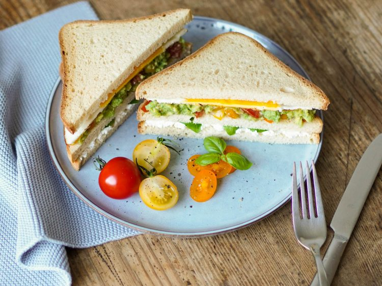 schaer super sandwich vegetarisches club sandwich glutenfrei suelovesnyc_rezept_vegetarisches_club_sandwich_glutenfrei_schaer_super_sandwich_glutenfrei_1