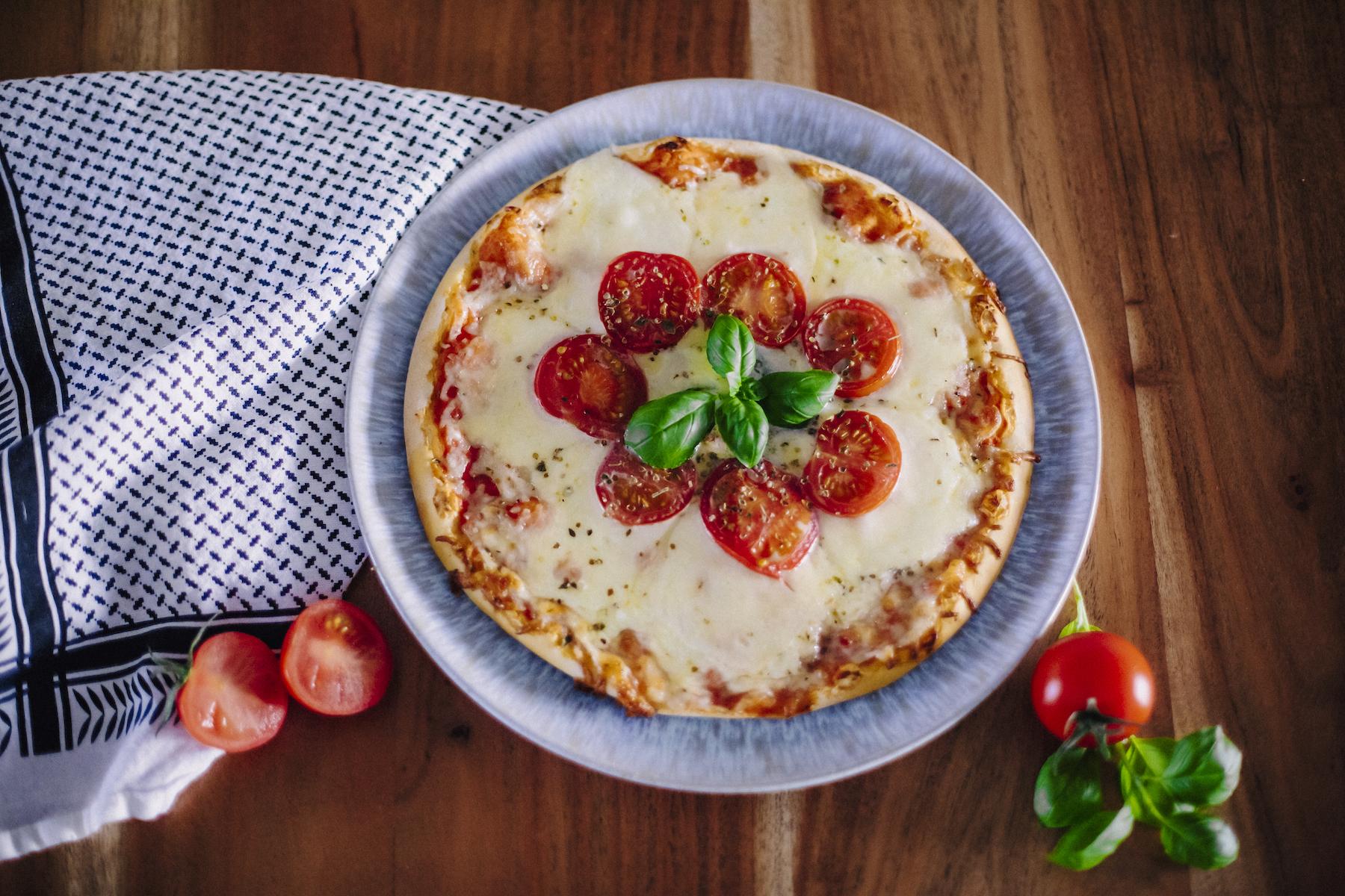 suelovesnyc_susan_fengler_glutenfreie_tiefkuhlpizza_verfeinern_glutenfreie_tiefkuehlpizza_verfeinern_pimp_my_pizza_new_york_pizza